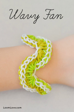 wavy fan rainbow loom